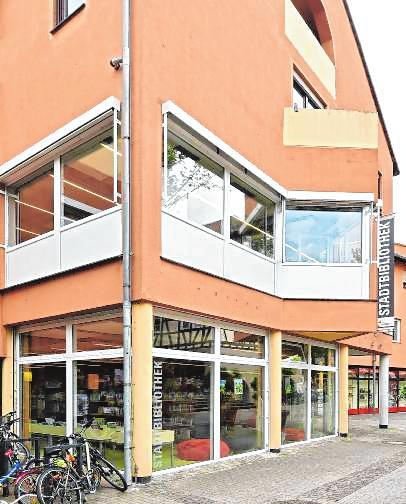 Die Stadtbibliothek im Neumarkt-Center. Bild: Dietmar Funck