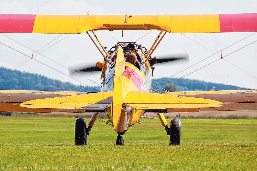 Kühne Piloten in fliegenden Kisten Image 3