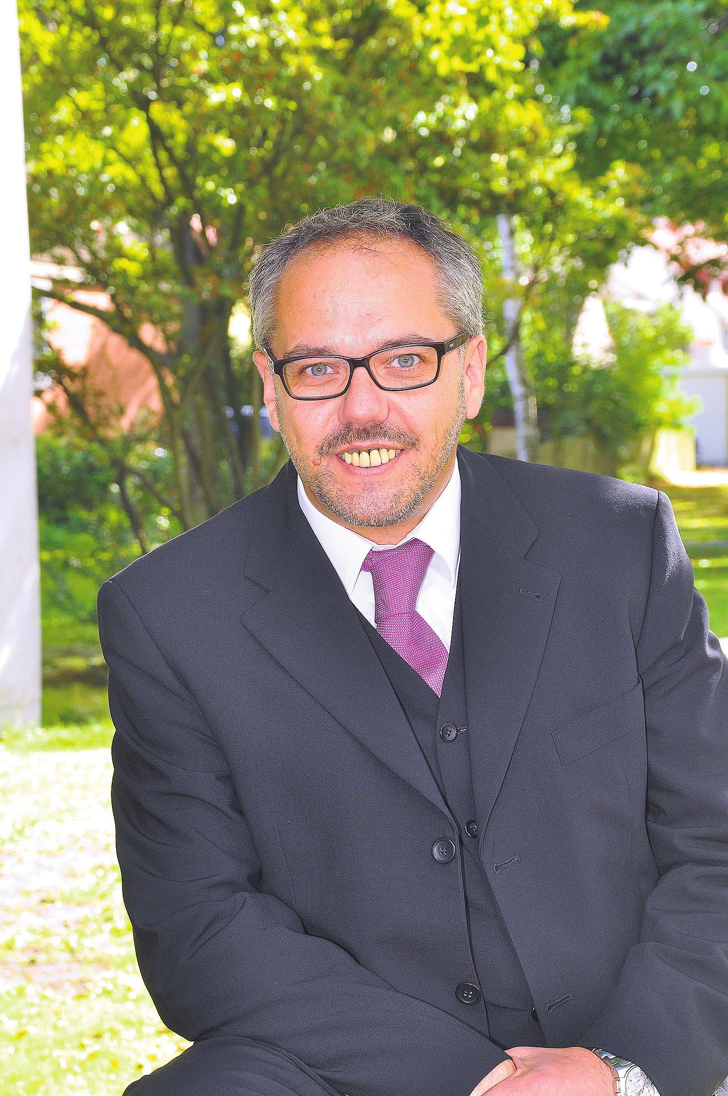 Manfred Neumann (Chorleiter)