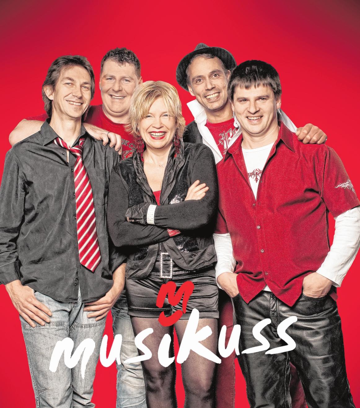 """Voll die Party – das verspricht die bayerische Band """"Musikuss"""" am ersten Festwochen-Samstag. FOTO: STEFAN GEISENFELDER"""