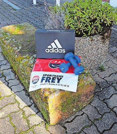 Sporthaus Frey: Waren werden kontaktlos übergeben. FOTO: TKN