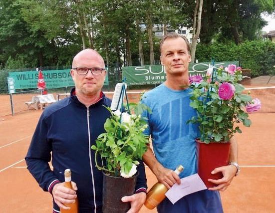 Herren 45: v.r. Roman Groteloh und Björn Seider, der die Nebenrunde gewann.