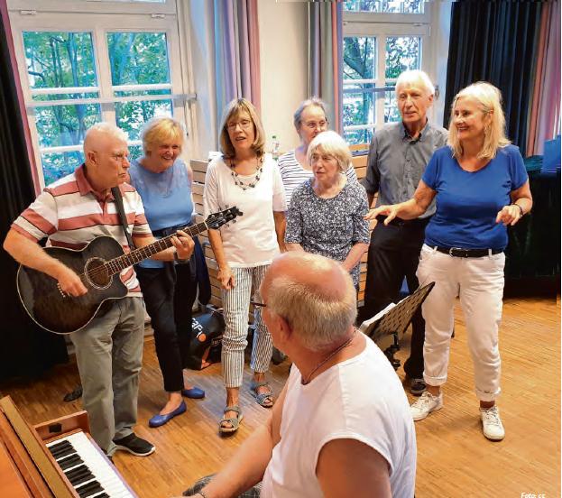 """Die """"Rockenden Senioren"""" lassen es musikalisch krachen. Foto: cc"""