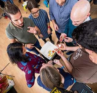 In Workshops lernen junge Gründer zum Beispiel, ihre Idee überzeugend zu präsentieren. FOTO: DAVID AUSSERHOFER