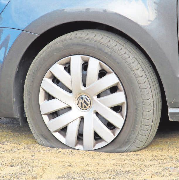 Eine Reifenpanne kommt unverhofft.Foto: Olga Meier-Sander/pixelio.de