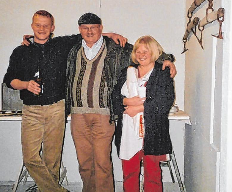 Günter und Heidrun Belschner haben ihren Sohn Achim – hier in der Werkstatt im Karl-Kurz-Areal 2005 – von Anfang an unterstützt.