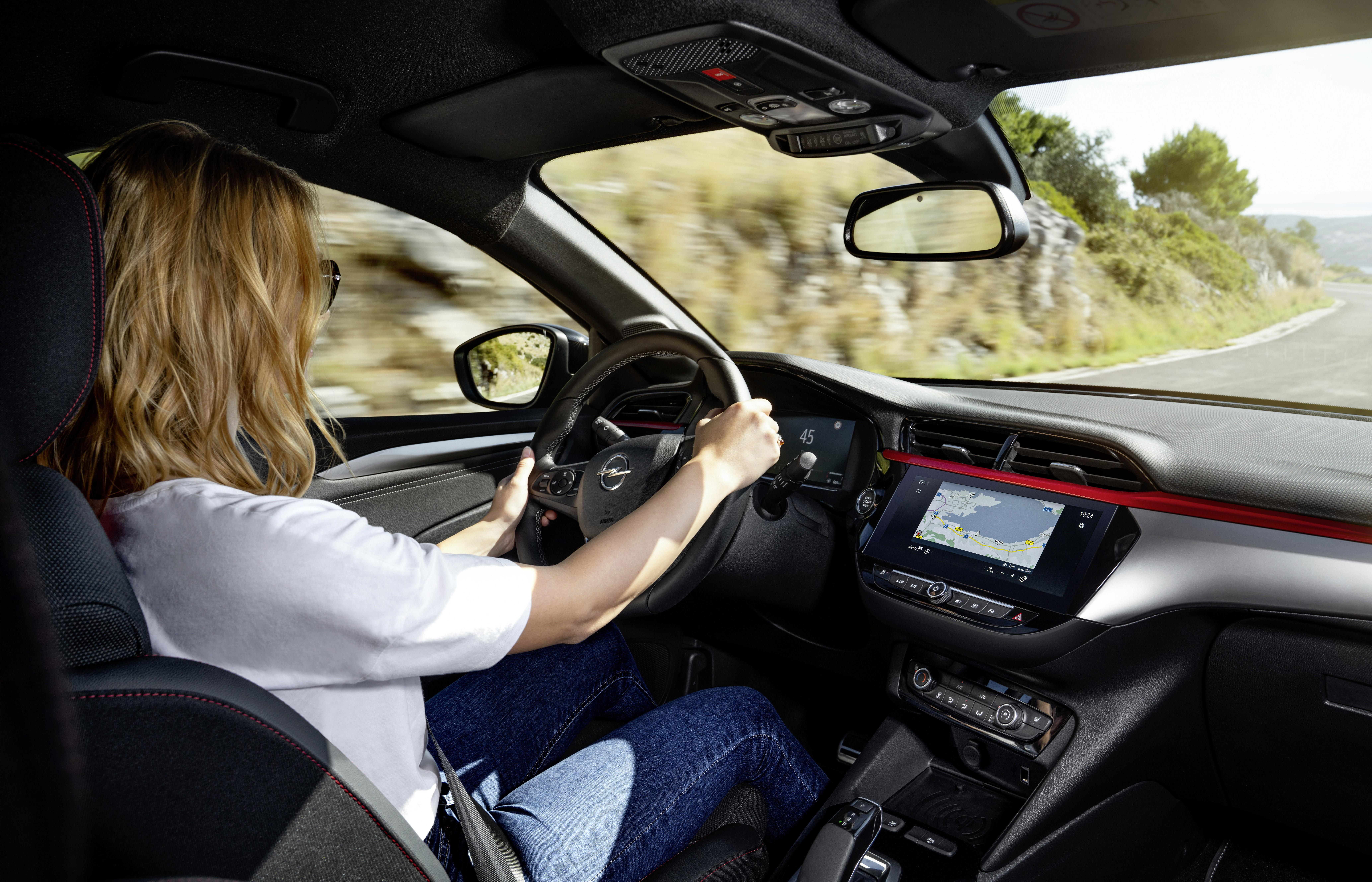 Sportlich und elegant: Mit dem neuen Opel Corsa kann man sich sehen lassen © OPEL