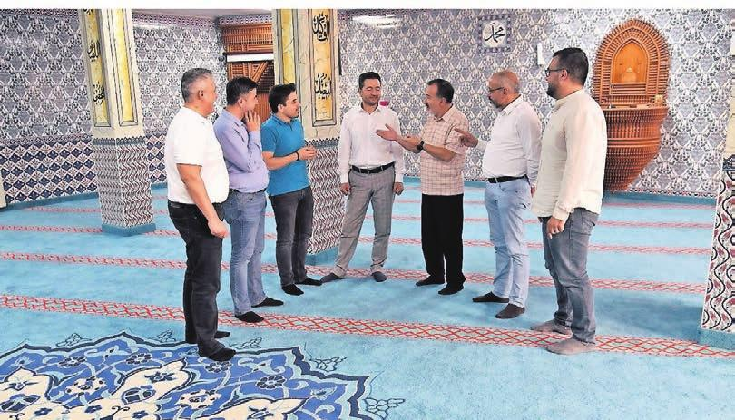 Der Vorstand und die Vorbeter im Gespräch im Gebetsraum