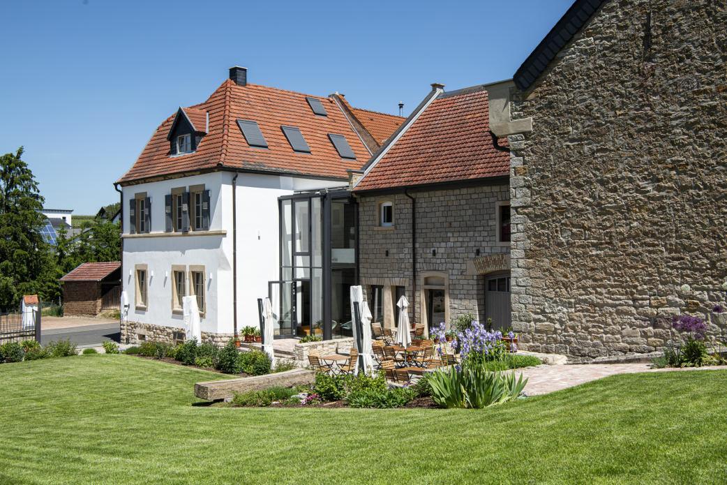 In detailgetreuer Kleinarbeit wurde das Hofanwesen von Familie Klein kernsaniert.