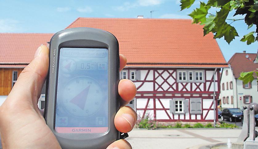 Lässt sich im Bellheimer Tourismusbüro auch mieten: GPS-Gerät fürs Geocaching. Foto: Südpfalz-Tourismus VG Bellheim