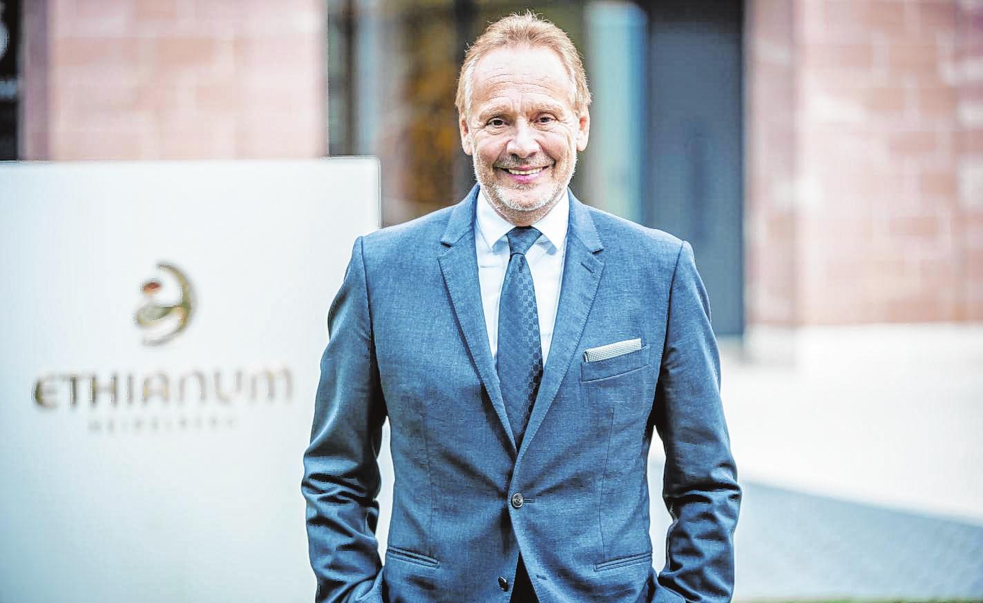 Heidelberger Professor Dr. Günter Germann ausgezeichnet