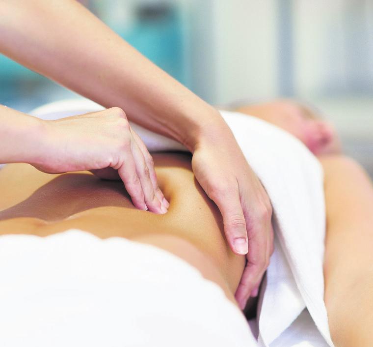 DIANA KONRAD (kleines Bild) behandelt vielfältige Beschwerden mit osteopathischen Mitteln.