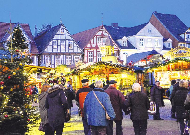 Wenn es dunkel wird, entfaltet der Weihnachtsmarkt Celle noch einmal eine ganz besondere Atmosphäre. Foto: Archiv