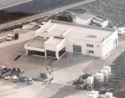 Das Firmengebäude an der Robert-Bosch-Straße, das Stapels 1996 haben errichten lassen (im Bild), ist heute mehrfach erweitert. FOTO: PR