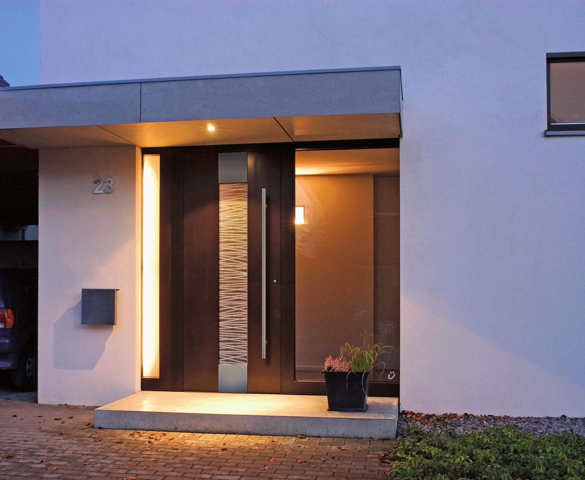 LED-Leuchten in der Haustür bereiten einen strahlenden Empfang. FOTO: EPR/RODENBERG