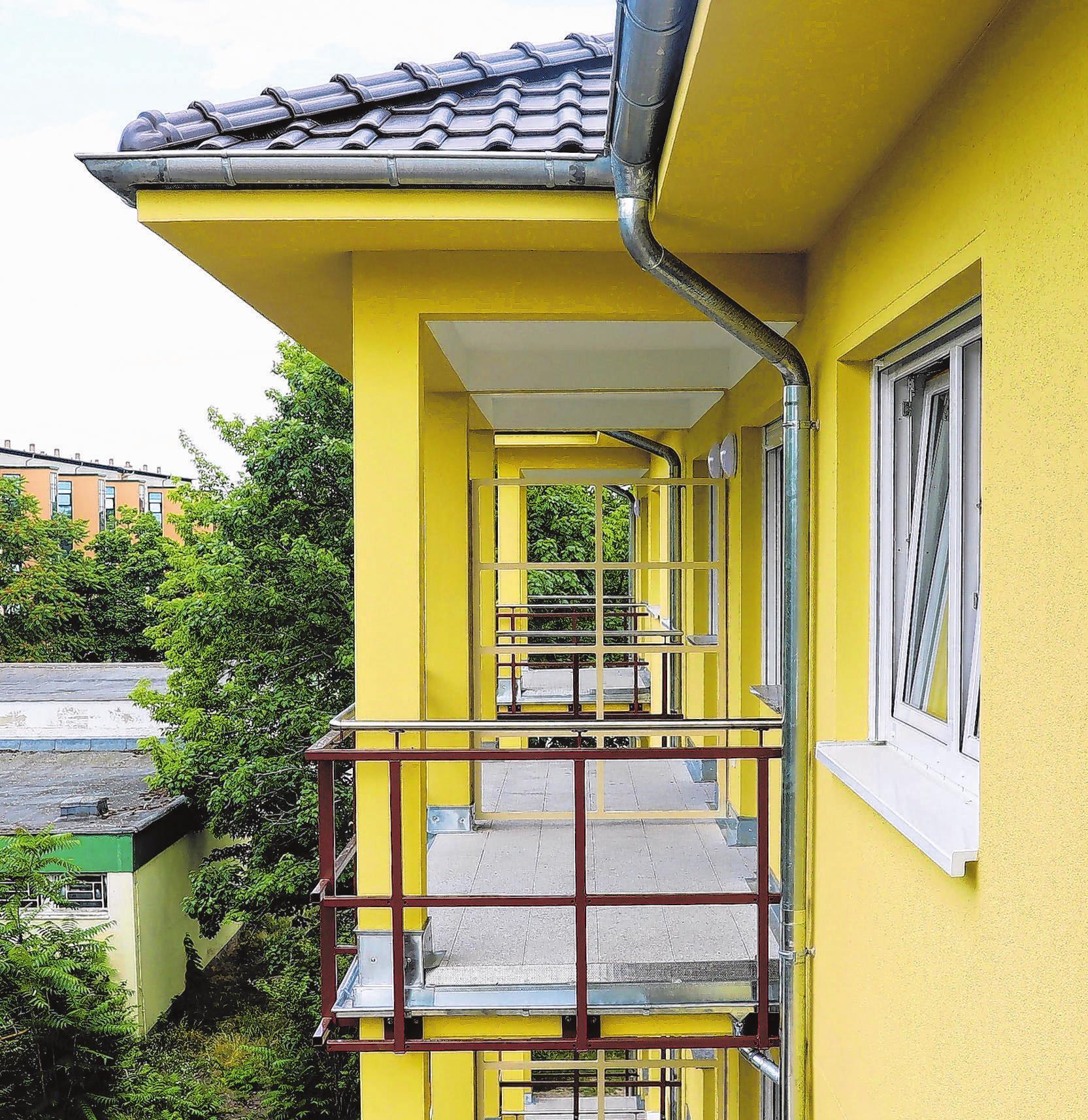 Jede der Zwei- und Dreiraumwohnungen im Neubau verfügt über einen Balkon. Foto: René Wernitz / Simone Weber