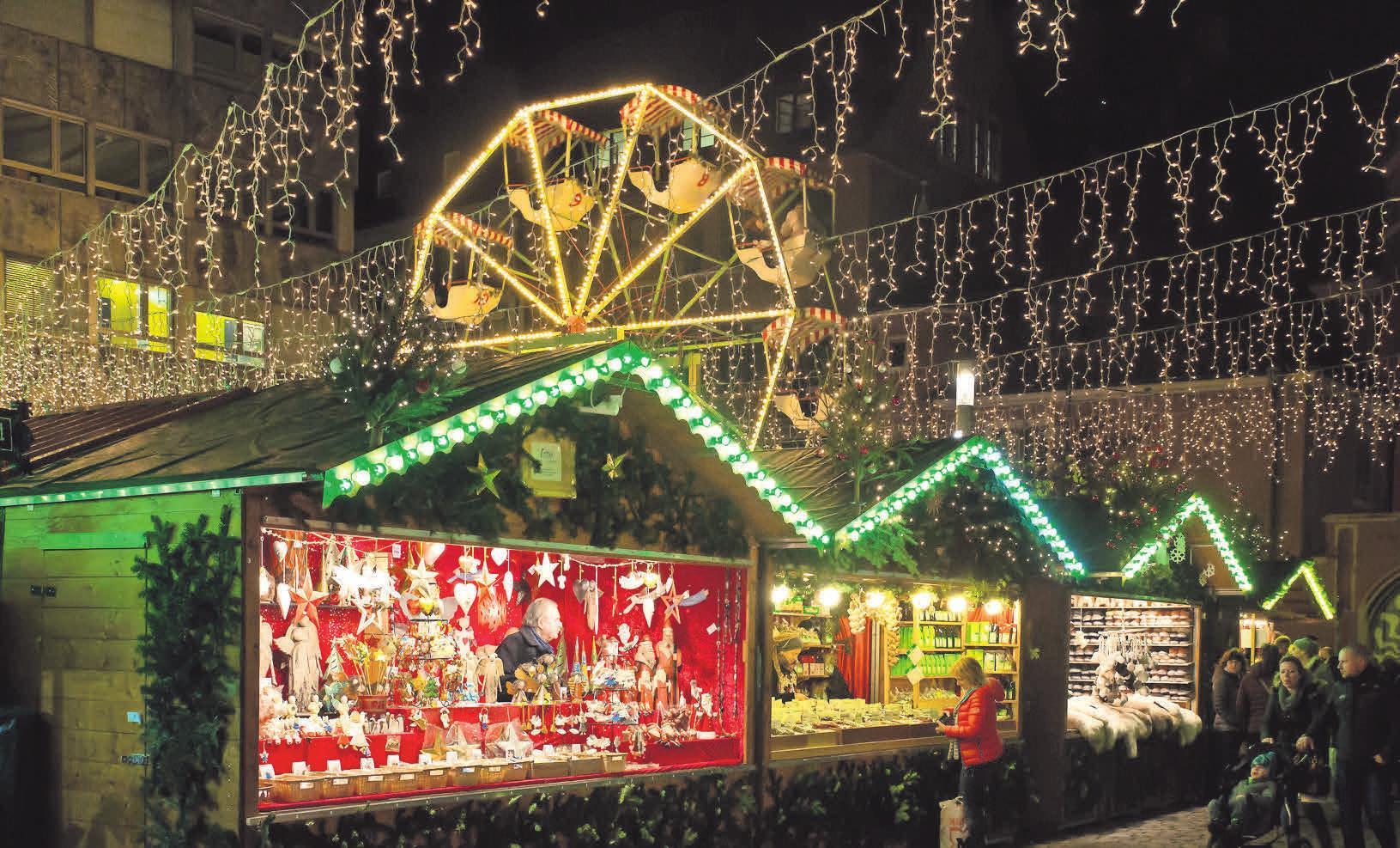 Wer auf Weihnachtsmärkten Geschenke kauft, sollte sich eine Quittung und die Kontaktdaten des Verkäufers geben lassen, rät die Verbraucherzentrale Brandenburg. FOTO:PIXABAY