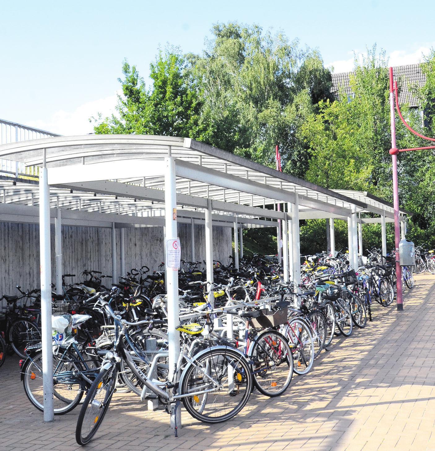 """Hier entsteht eine """"Doppelstock-Parkanlage"""". Foto: Müller"""