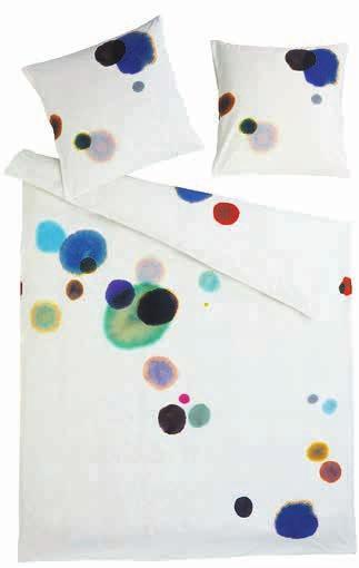 Für die Textildesignerin Claudia Caviezel steht das organische, natürliche Design ihrer Perkalbettwäsche «Luven» für die Schweizer Natur, für grüne Wiesen und Entspanntheit. Bild: Atelier Pfister