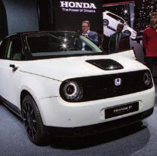 Retro-Look mit modernster Technik im Honda Urban EV