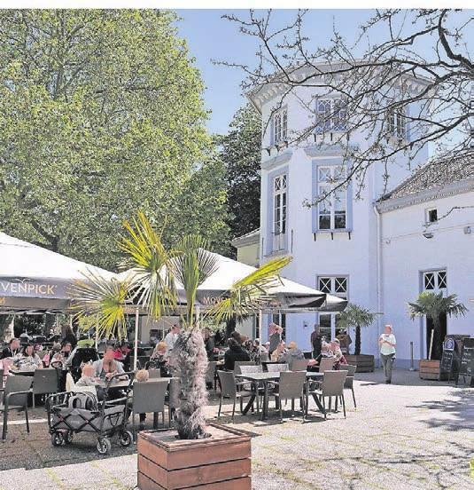 Außen bietet das Zoo-Café Platz für¬300 Gäste.