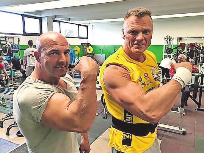 Stark: Abteilungsleiter Olaf Köppen (r.) und Co-Trainer Bill Frank.