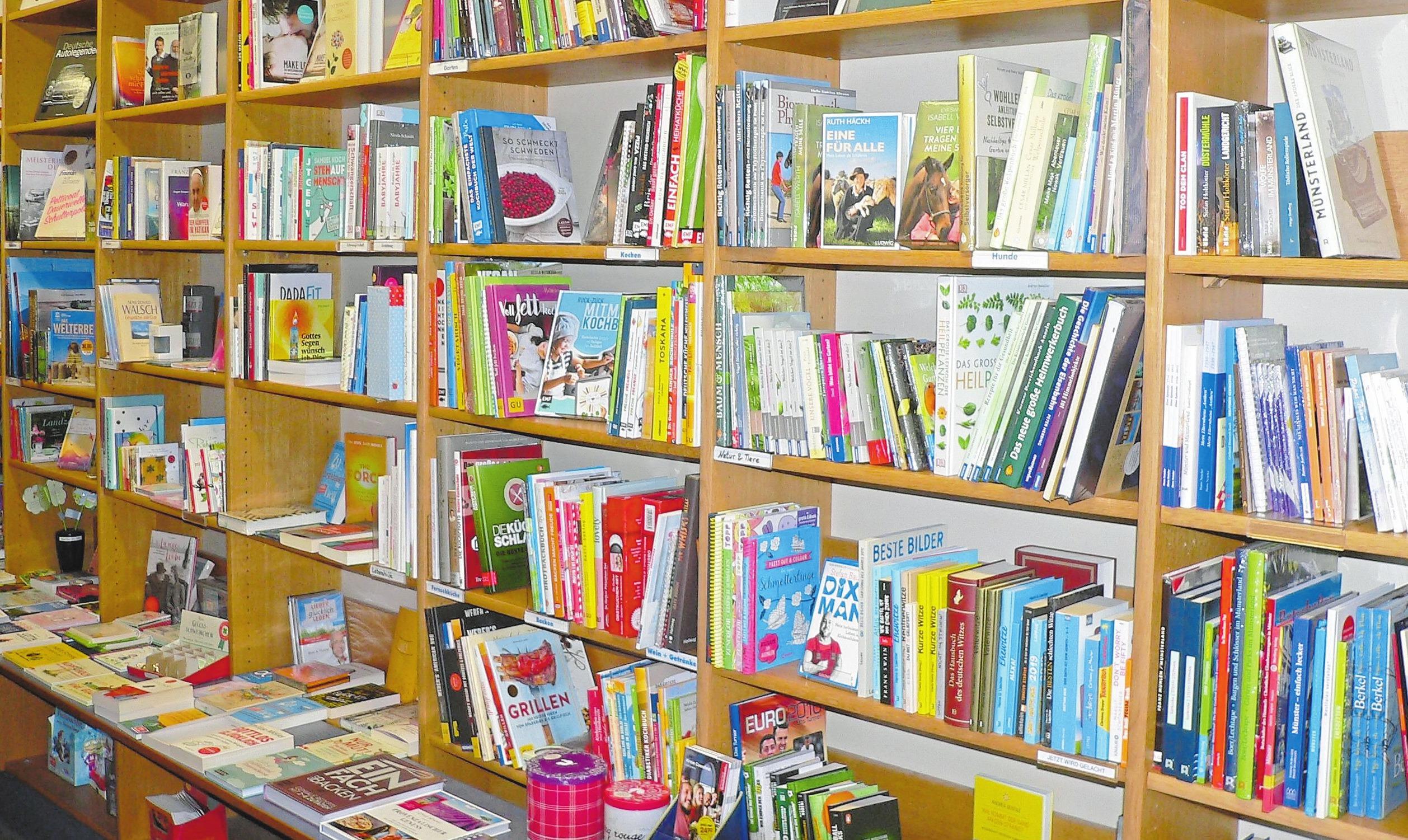 Eine breite Auswahl an Büchern steht in der Filiale bereit. Nach dem Umbau werden diese sich in neuer Umgebung präsentieren.