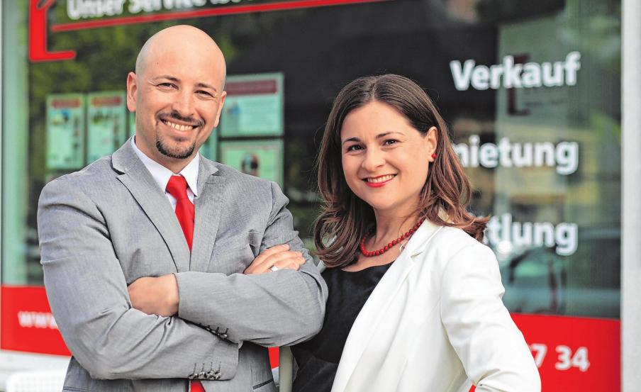 Anja und Jamel Abderrahmane spenden immer ein Prozent vom Verkaufspreis an soziale und kulturelle Einrichtungen der Region. Foto: Ein Prozent Immobilien