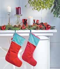 """Festlich, einladend, glanzvoll: Zur Kollektion """"Winterwelt"""" von Apelt gehören Kissen, Läufer und Tischdecken in diversen Mustern und Größen sowie Stiefel aus Samt Foto: Apelt"""