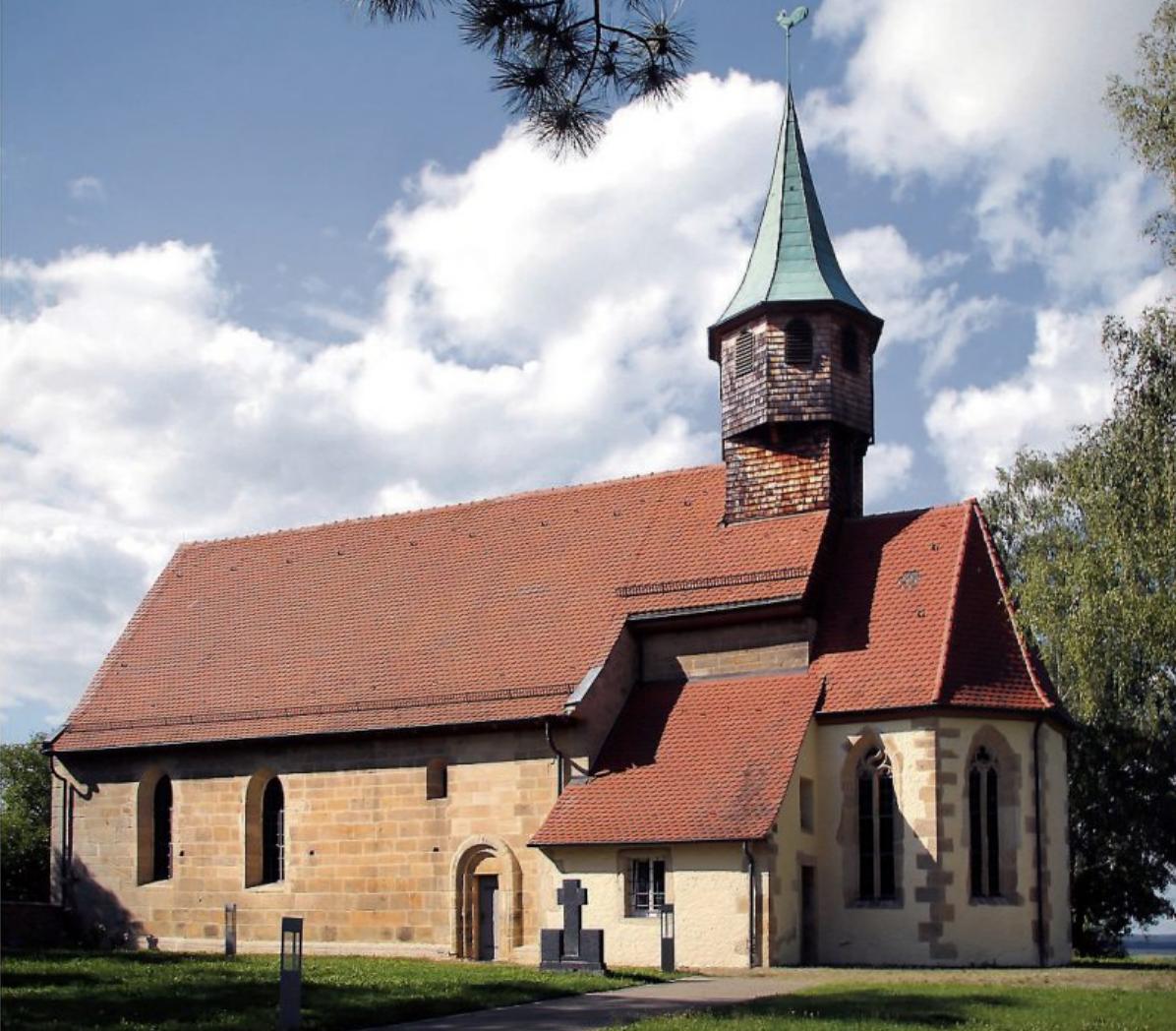 Die Belsener Kapelle ist eine der ältesten romanischen Chorturmkirchen des Landes. Bild: Erich Sommer