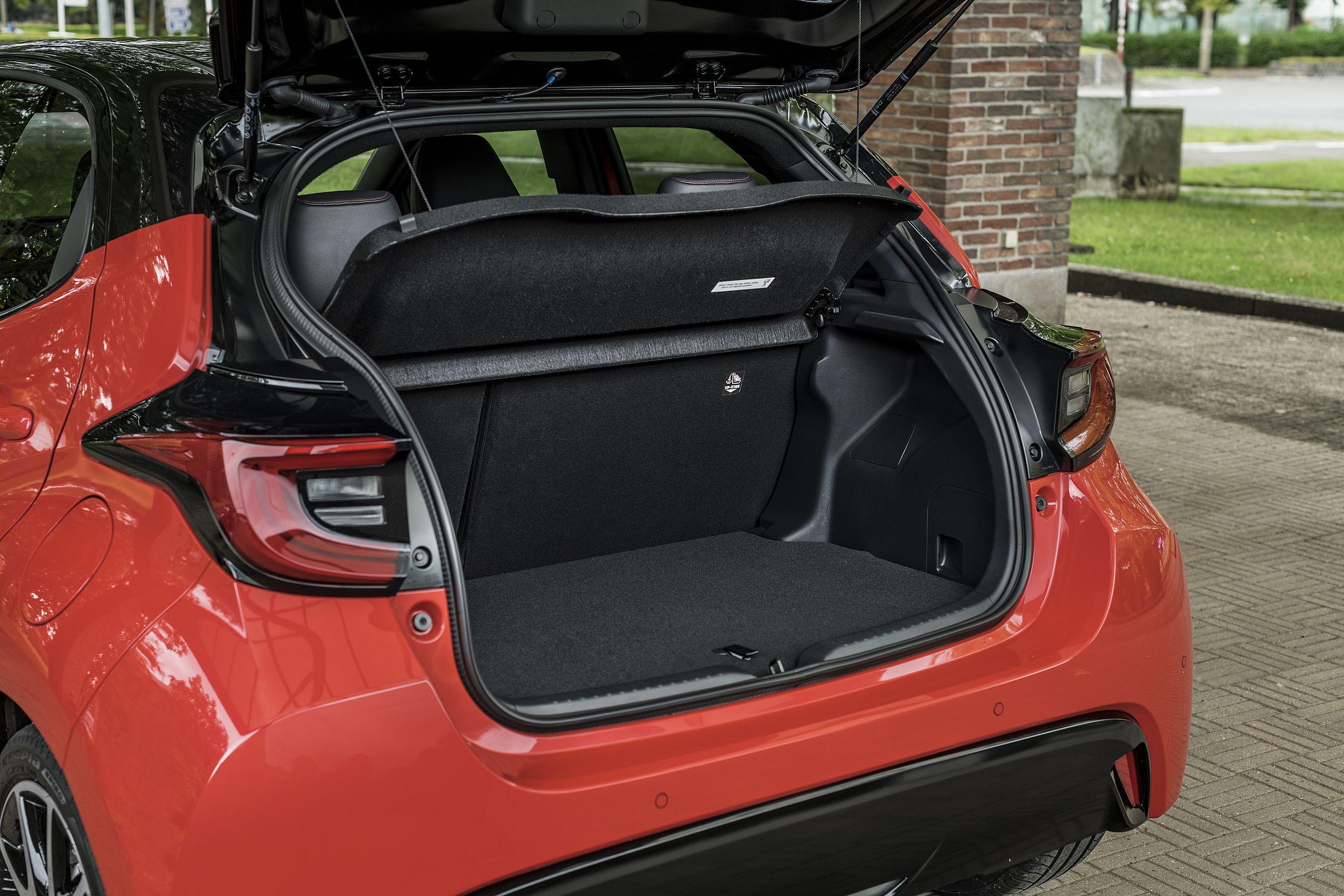Im Yaris-Kofferraum findet Ladegut bis zu einem Volumen von 286 bis 768 Litern Platz.