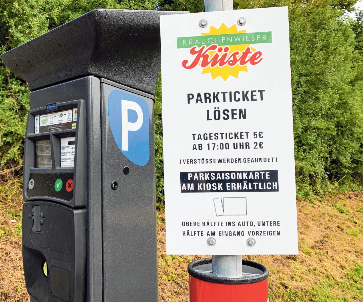 """Seit diesem Jahr fallen an der """"Krauchenwieser Küste"""" statt Eintrittsgebühren Parkgebühren an. Foto: Streich"""