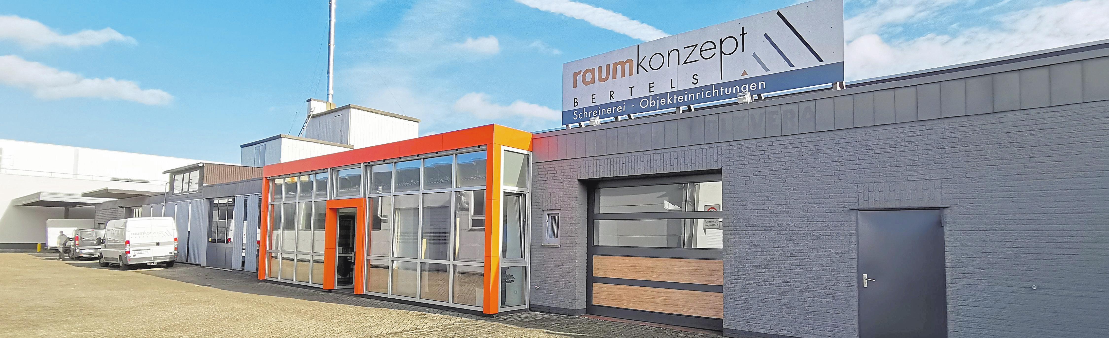 Seit dem Jahr 1974 befindet sich der Handwerksbetrieb im Industriegebiet Gronau-Ost am Jöbkesweg 30. Fotos: raumkonzept