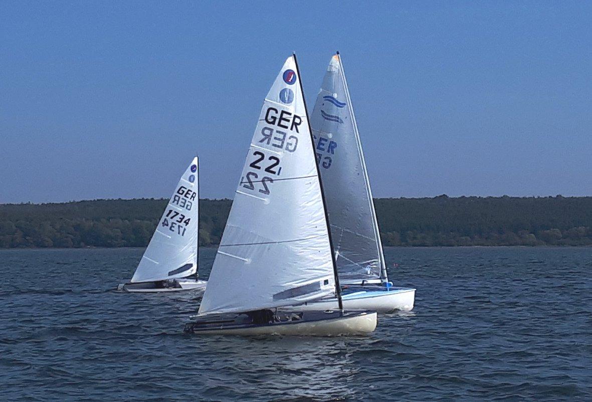 Am letzten Septemberwochenende findet auf dem Muldestausee die Nebelpokal-Regatta des Segelvereins Pouch statt.FOTO: ULRIKE HILLE