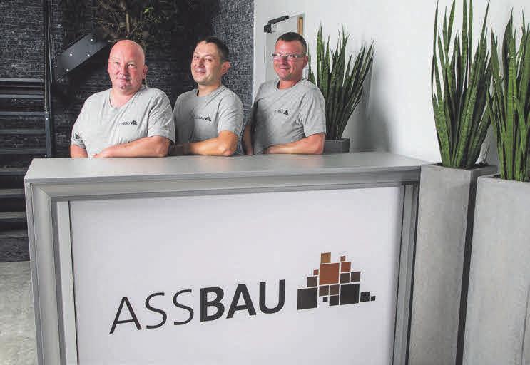 Richtige Experten sind Jacek Kaplon, Stanislaw Moskalik und Krzystof Moskalik, wenn es um den Tiefbau geht.