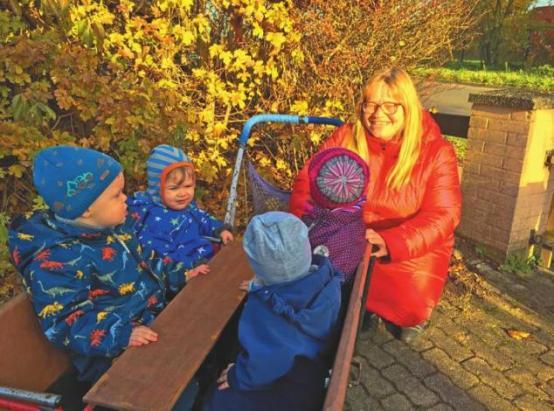 Die Betreuung von Kindern im Alter bis zu drei Jahren erfordert umfassende Kenntnisse (Petra Niquet)