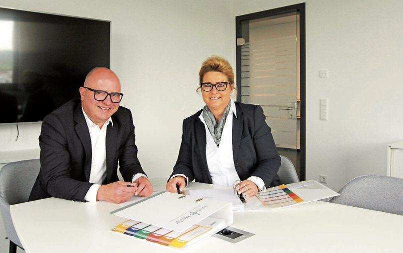 Volker Schmid und Bettina Kessler nehmen sich viel Zeit, um ihre Kunden umfassend zu beraten und langfristige Lösungen zu finden.