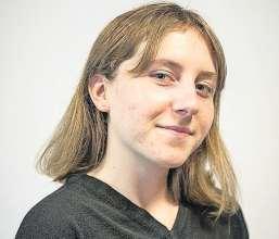 Kristina Schärer (19) besucht die vierte Klasse mit Schwerpunkt Biochemie an der Neuen Kantonsschule Aarau. Bild: zvg