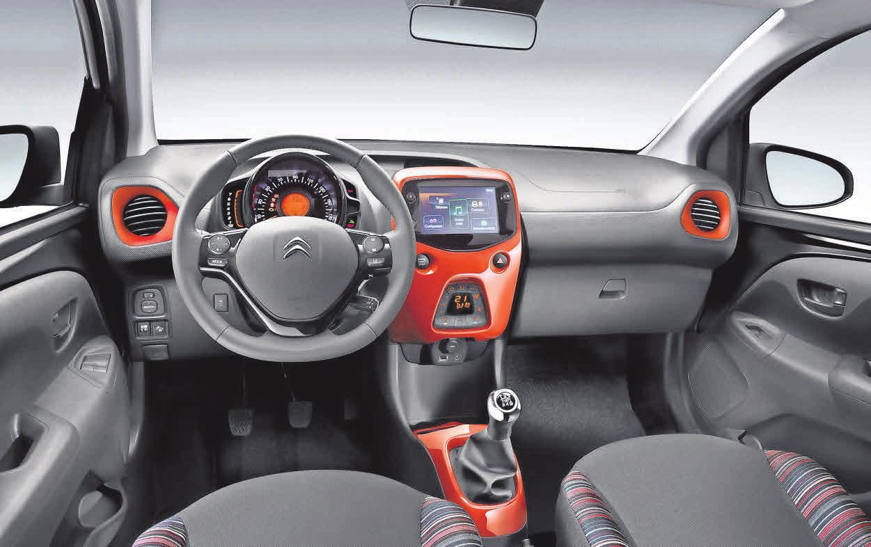 Der Innenraum des Wagens bietet modernste Technik und Komfort.