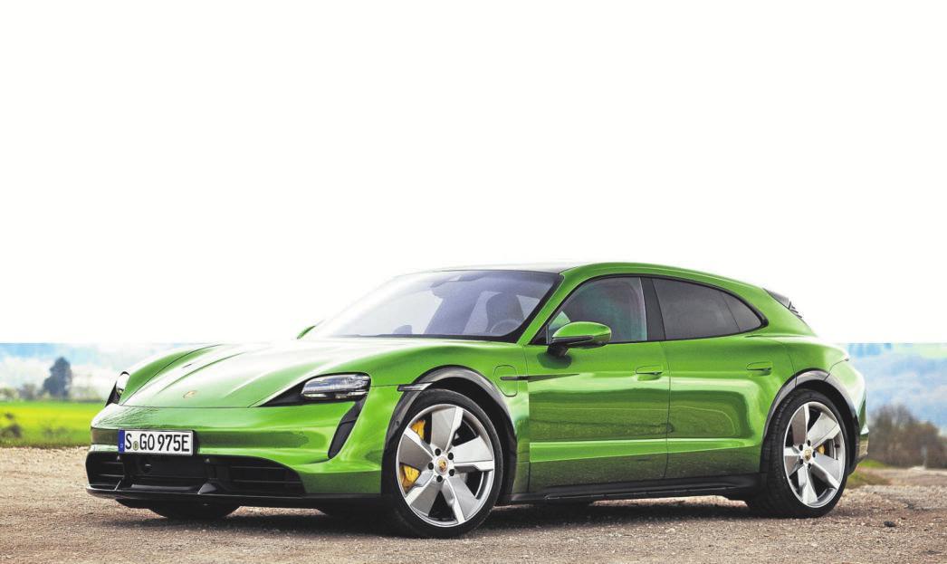 So edel kann das elektrische Kombi-Fahren sein: der Porsche Taycan Cross Turismo.