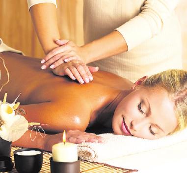 Entspannende Massagen sorgen für körperliches und seelisches Wohlbefinden. Foto: epr