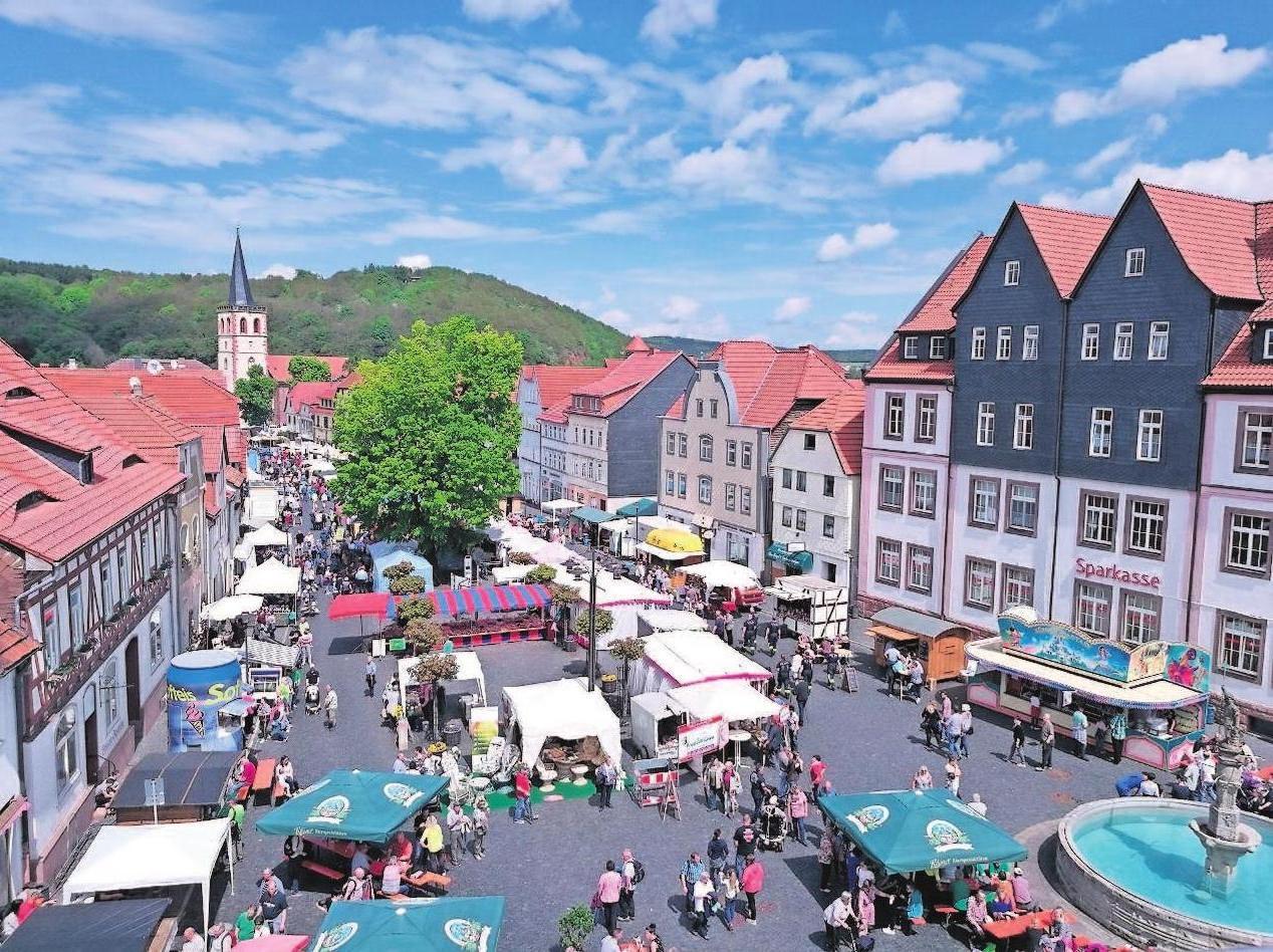 Parallel zum Vitus Markt findet ein Mittelalterspektakel statt.