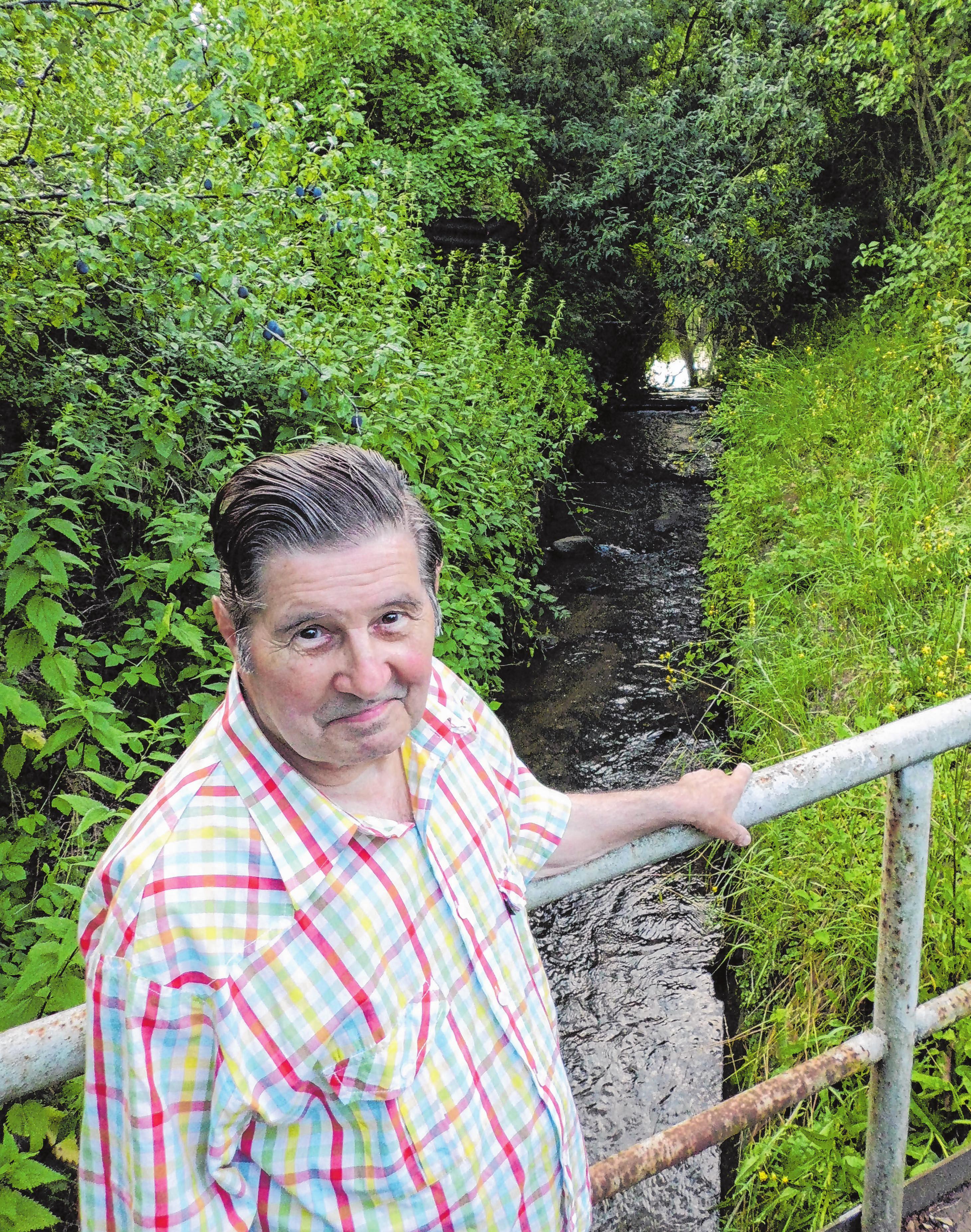 Ortschronist Rolf Haak (Archivfoto) wohnt seit November 1936 im Dornenweg 11.
