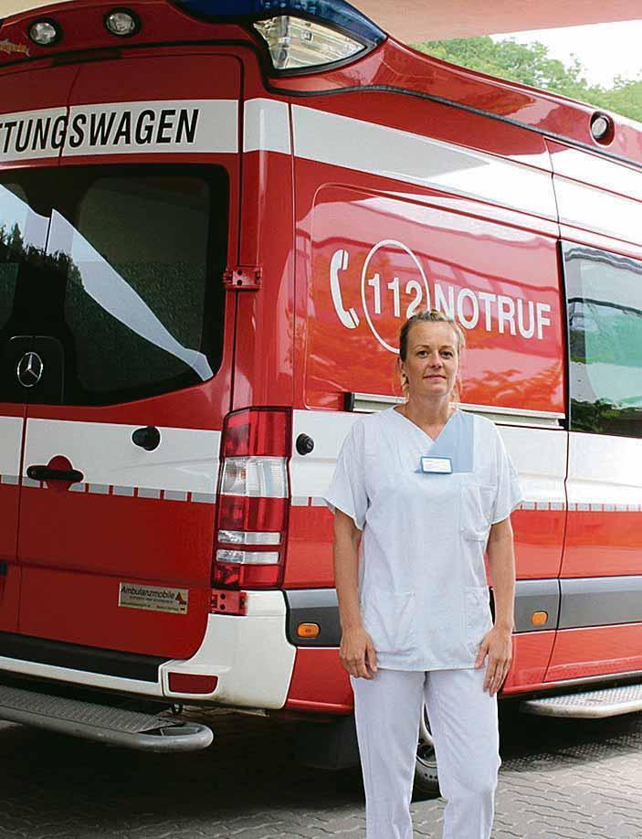 Wenn der Krankenwagen an der Notaufnahme steht, muss es bei Teamleiterin Sabine Dörre und ihrem Team schnell gehen, um den Patienten zu helfen.