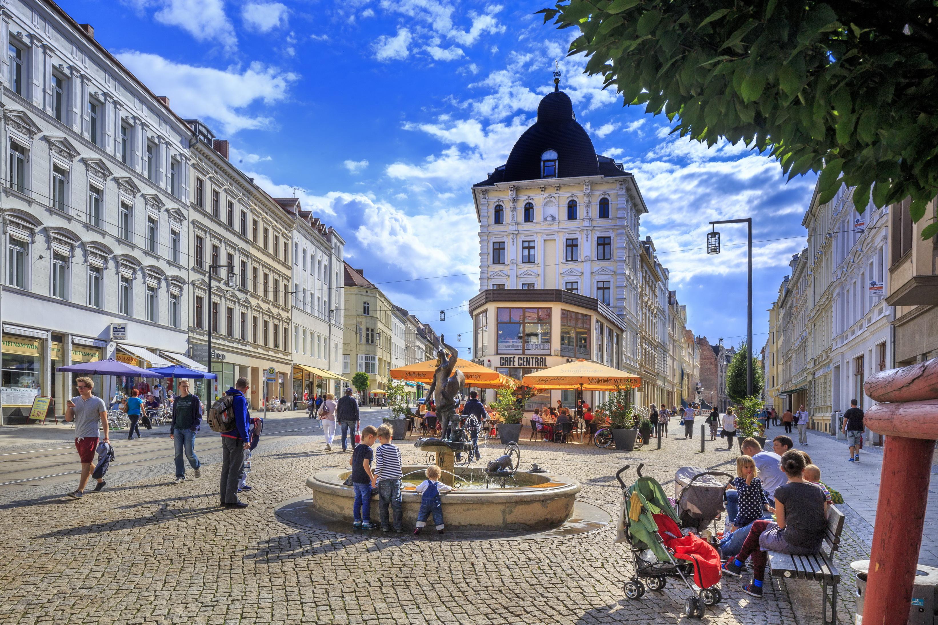 Innenstadt: Flanieren & Entdecken  Foto: R. Weisflog