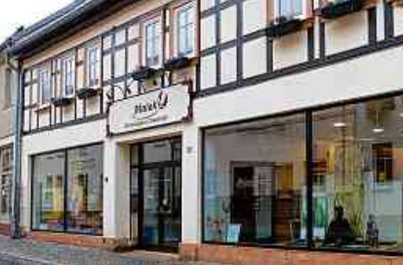 Das neue Domizil des Bestattungshauses Malek befindet sich in der Nähe des Marktplatzes von Harzgerode.