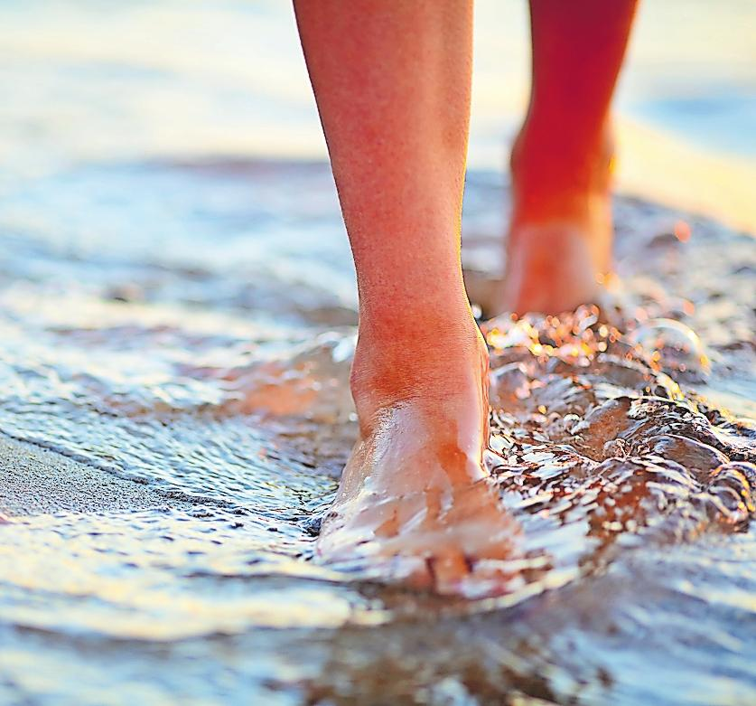 Am Strand: gut zu Fuß.FOTO: OLEKSANDR SHEVCHENKO /STOCK.ADOBE.COM