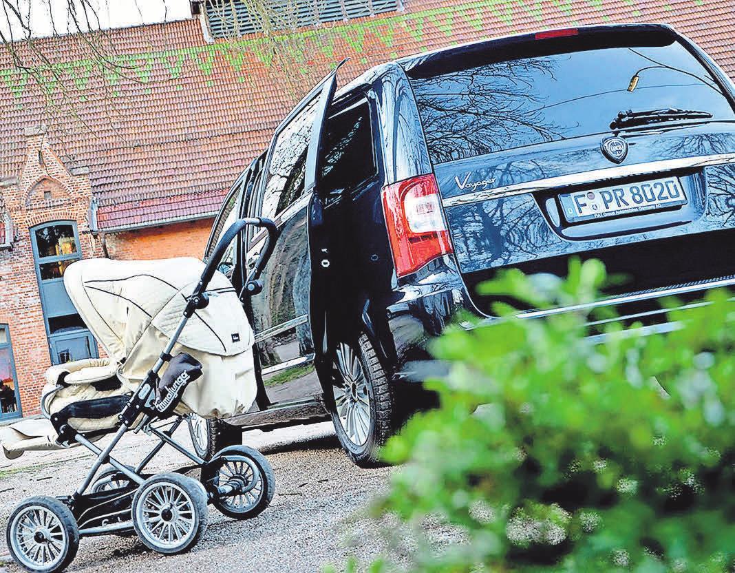 Junge Familien brauchen Platz – auch im Auto. Foto: leben-und-erziehen
