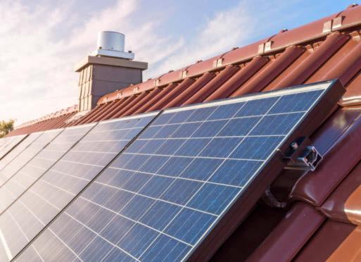 Elf Cent pro Kilowattstunde werden vergütet, wenn man den Strom vom Dach ins allgemeine Netz einspeist.Foto: tl6781/stock.adobe.com