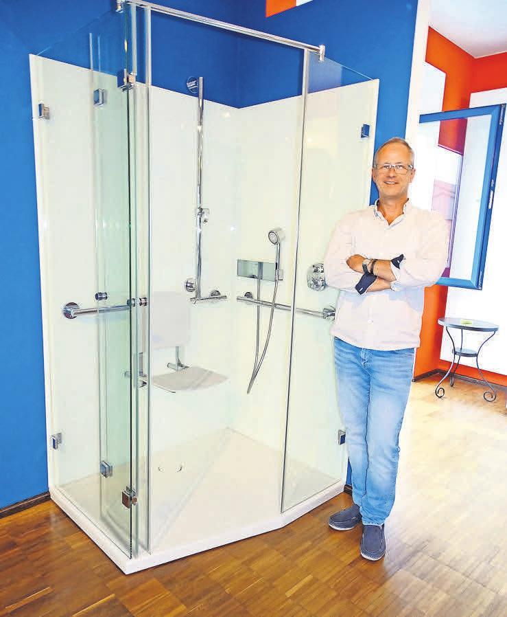 Der Experte Thomas Woller findet immer die richtige Lösung für die perfekte barrierearme Badplanung.